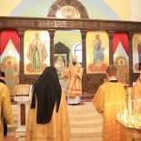 В Неделю 37-ю по Пятидесятнице епископ Серафим совершил Божественную литургию в Никольском кафедральном соборе