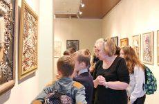 Ученики воскресной школы при Николо-Софийском храме посетили Бобруйский художественный музей
