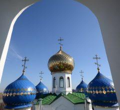 Архиерейская Божественная литургия в Никольском соборе Бобруйска