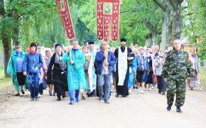 Традиционный  крестный ход, посвященный престольному празднику Ризоположенского храма аг. Горбацевичи, прошел в Бобруйске