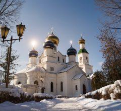 Епископ Серафим совершил Божественную литургию в Никольском кафедральном соборе г. Бобруйска