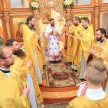 В Неделю 18-ю по Пятидесятнице епископ Серафим совершил Божественную литургию в Никольском храме д. Свислочь