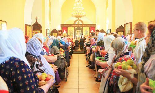 В день Преображения Господня епископ Серафим совершил праздничную Божественную литургию в Никольском соборе Бобруйска