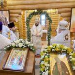 Епископ Серафим совершил Божественную литургию в Серафимовском храме города Бобруйска