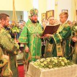 В канун праздника Входа Господня в Иерусалим епископ Серафим совершил всенощное бдение в Никольском соборе города