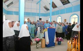 Первое богослужение в строящемся храме д. Чигиринка