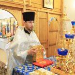 В Неделю 30-ю по Пятидесятнице епископ Серафим совершил Божественную литургию в Елисаветинском храме Бобруйска