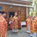 Архиерейская Божественная литургия в Никольском храме д. Вороновичи