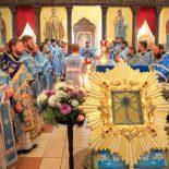 Епископ Серафим совершил праздничную Божественную литургию перед Жировицкой иконой Пресвятой Богородицы