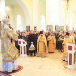 В Неделю сыропустную епископ Серафим совершил Божественную литургию и диаконскую хиротонию