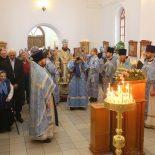 Епископ Серафим совершил Божественную литургию в Иверском храме г. Бобруйска