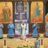 В канун праздника Похвалы Пресвятой Богородицы епископ Серафим совершил утреню с чтением Акафиста Пресвятой Богородице в Никольском соборе