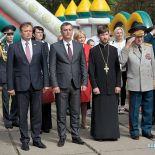 Представитель Бобруйской епархии принял участие в городском праздновании Дня танкиста