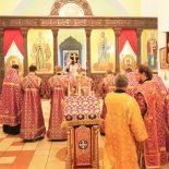 Архиерейское богослужение в канун празднования Происхождения честных древ Животворящего Креста Господня