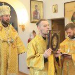 Архиерейская Божественная литургия в Елисаветинском храме Бобруйска