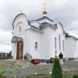 В день памяти апостолов Петра и Павла епископ Серафим совершил Божественную литургию в Петро-Павловском храме д. Бацевичи