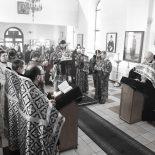 Епископ Серафим совершил пассию с чтением акафиста Страстям Господним