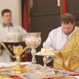 Заупокойная Божественная литургия в день Дмитриевской родительской субботы