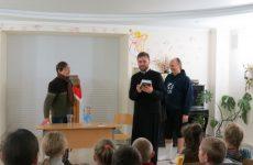 В Иверском храме прошла встреча с актером театра Сергеем Бобровником