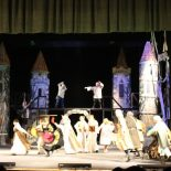 Просмотр спектакля-сказки «Серебряные крылья» по пьесе Валерия Алексеева