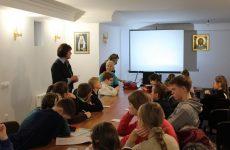 Учителя и ученики воскресной школы Духовского храма г. Бобруйска посетили воскресную школу храма «Целительница»