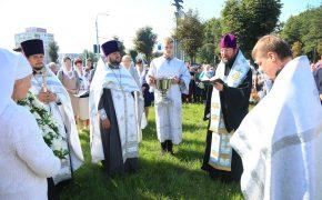Крестный ход от Николо-Софийского до строящегося Преображенского храма прошел в Бобруйске