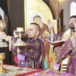 Епископ Серафим совершил Божественную литургию святителя Василия Великого