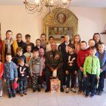 Воспитанники воскресной школы встретились с ветераном и посетили воинскую часть