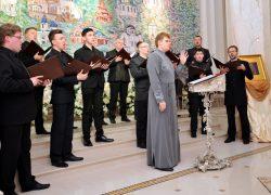 Интервью с регентом и солистом мужского хора «Всехсвятский» Дмитрием Токмаковым