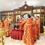 Епископ Серафим совершил Божественную литургию в Покровском храме Бобруйска