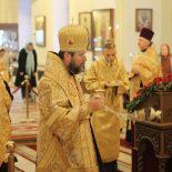Накануне воскресного дня епископ Серафим совершил всенощное бдение в Никольском кафедральном соборе